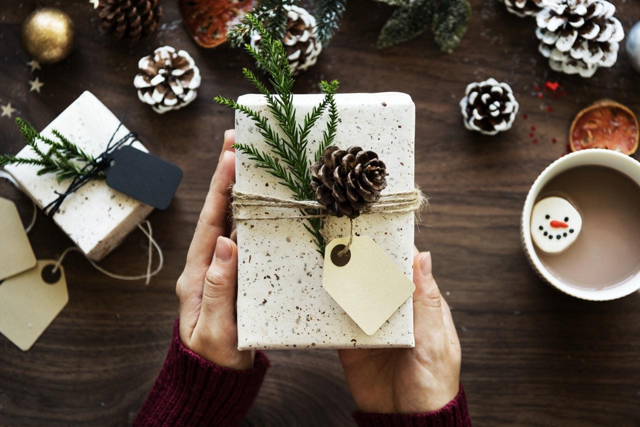 クリスマスプレゼント、どんなふうに渡すべき?