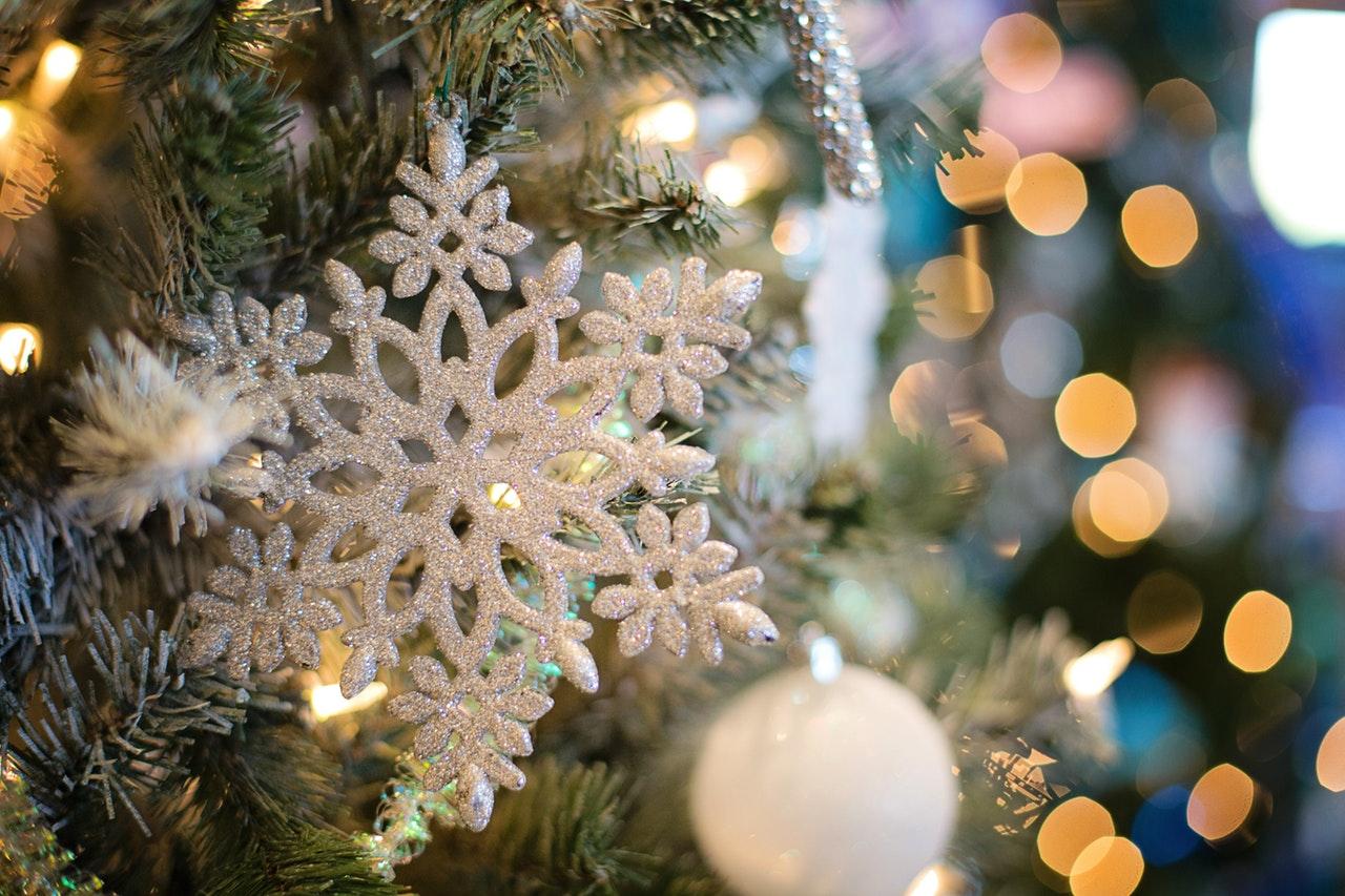 クリスマスプレゼント用の指輪はサイズ選びが重要